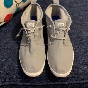 EUC Women's Keds high top sneaker in gray - Size 7